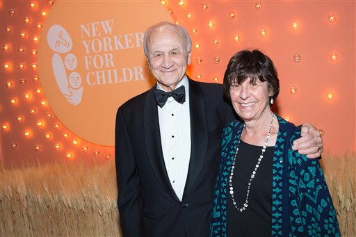 """<div class=""""meta image-caption""""><div class=""""origin-logo origin-image ap""""><span>AP</span></div><span class=""""caption-text"""">Nicholas Scoppetta (L) and a guest attend the 15th Annual New Yorkers for Children Fall Gala at Cipriani 42nd Street on Tuesday, Sept. 30, 2014, in New York. (Scott Roth/Invision/AP)</span></div>"""