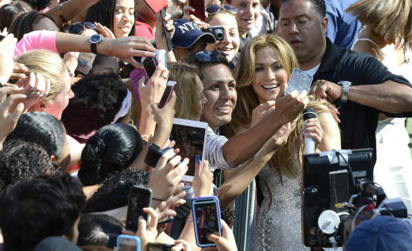 """<div class=""""meta image-caption""""><div class=""""origin-logo origin-image """"><span></span></div><span class=""""caption-text"""">Jennifer Lopez performs live as part of the GMA Summer Concert Series from Central Park in New York on 6/20/14.  (ABC/Ida Mae Astute) (Photo/Ida Mae Astute)</span></div>"""