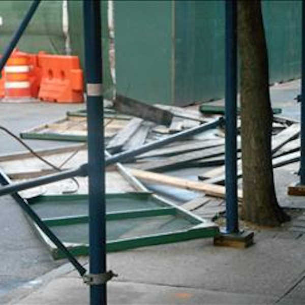 "<div class=""meta image-caption""><div class=""origin-logo origin-image none""><span>none</span></div><span class=""caption-text"">Scaffolding blown down near Yankee Stadium</span></div>"