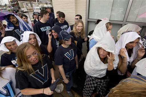 "<div class=""meta image-caption""><div class=""origin-logo origin-image ap""><span>AP</span></div><span class=""caption-text"">Photos from inside and outside NRG as Villanova and North Carolina fans get pumped for the national title game. (AP)</span></div>"