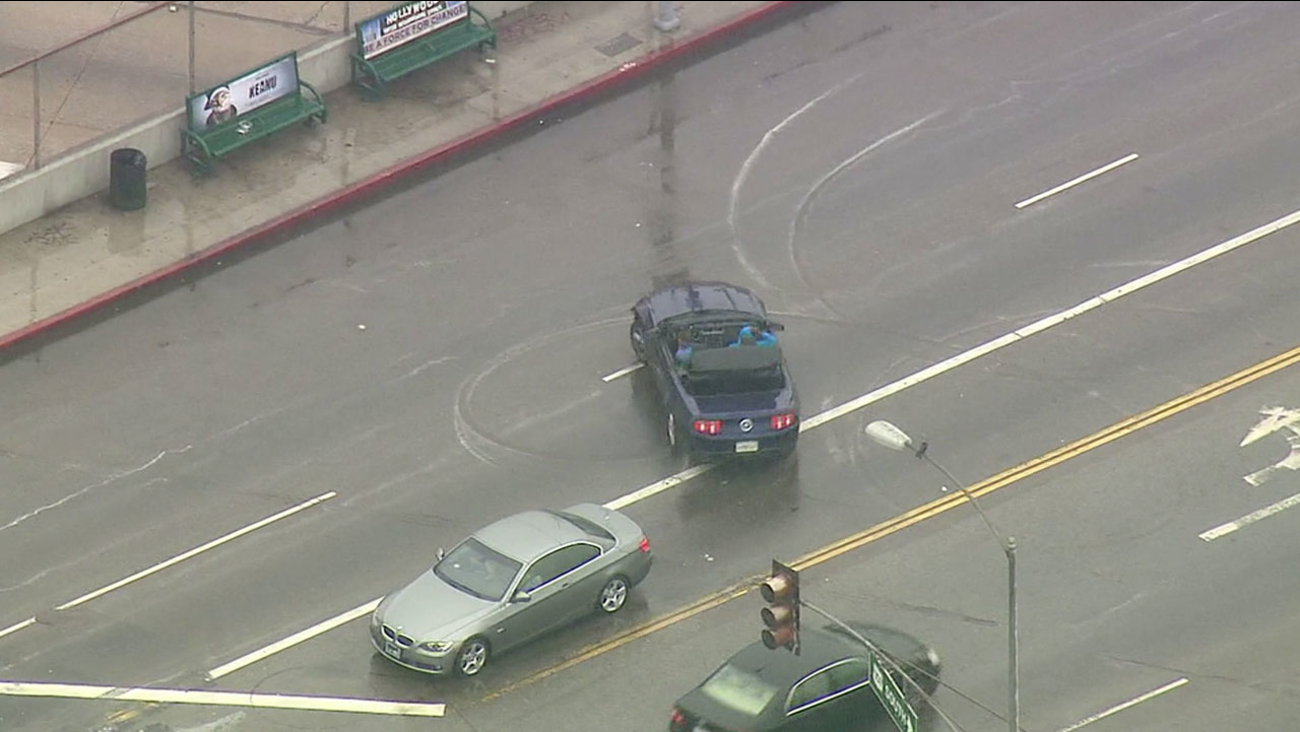 Burglary suspects began spinning donuts in Hollywood during a police chase on Thursday, April 7, 2016.