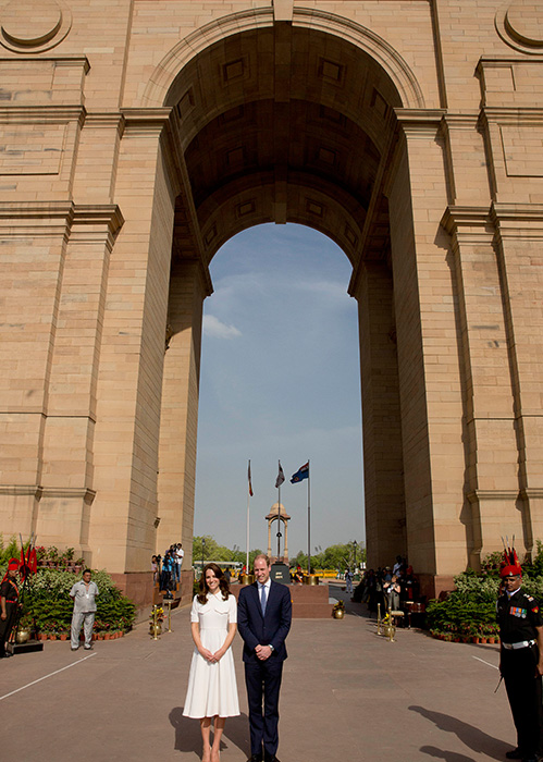 "<div class=""meta image-caption""><div class=""origin-logo origin-image ap""><span>AP</span></div><span class=""caption-text"">Britain's Prince William, along with his wife Kate, the Duchess of Cambridge pose for the media after paying their tributes at the India Gate war memorial on April 11, 2016. (Manish Swarup/Pool Photo via AP)</span></div>"