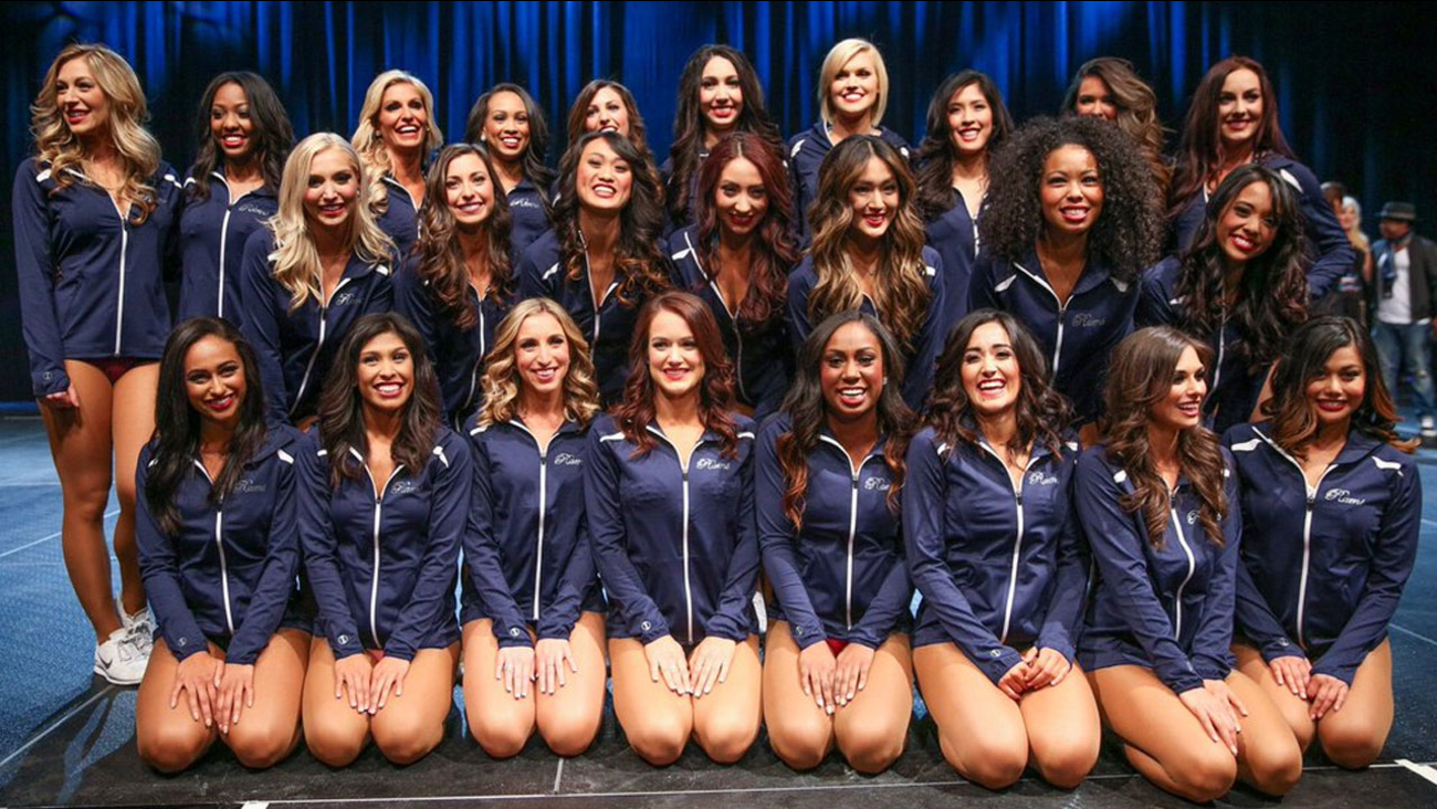 The official cheerleading squad for the Los Angeles Rams is shown in a Twitter photo.