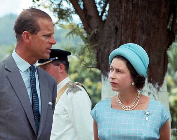 "<div class=""meta image-caption""><div class=""origin-logo origin-image none""><span>none</span></div><span class=""caption-text"">ueen Elizabeth II and her husband Prince Philip are seen during their visit to the island of Tortola in the British Islands in 1966. (AP Photo)</span></div>"
