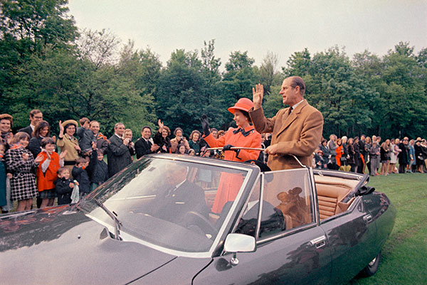"<div class=""meta image-caption""><div class=""origin-logo origin-image none""><span>none</span></div><span class=""caption-text"">Britain's Queen Elizabeth II, with her husband Prince Philip, in an open topped car as they leave an event, in Paris in 1972. (AP Photo)</span></div>"