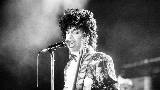 Princes Purple Rain Returns To Theaters In Tribute