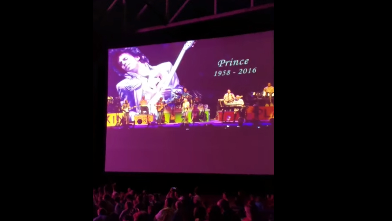 Jimmy Buffett pays tribute to Prince in Raleigh