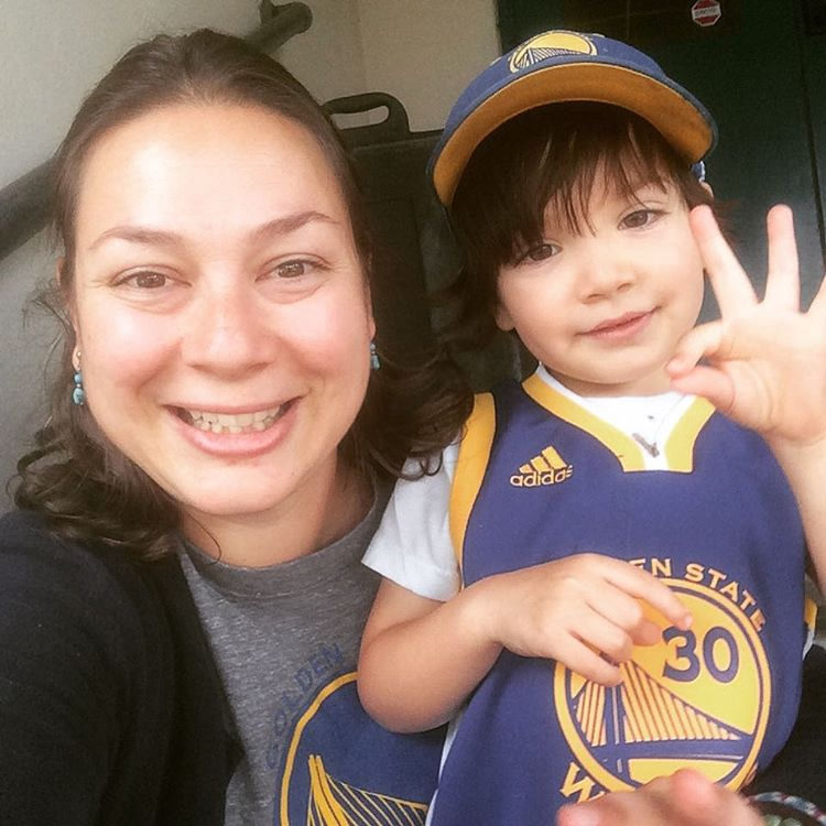 <div class='meta'><div class='origin-logo' data-origin='none'></div><span class='caption-text' data-credit='Photo submitted to KGO-TV by @dredizzee/Instagram'>This little guy woke up Saturday morning and  said, &#34;Steph Curry hurt his ankle. But he's all better. And he's gonna play. And we'd gonna win!&#34; That's a true #dubnation fan!</span></div>