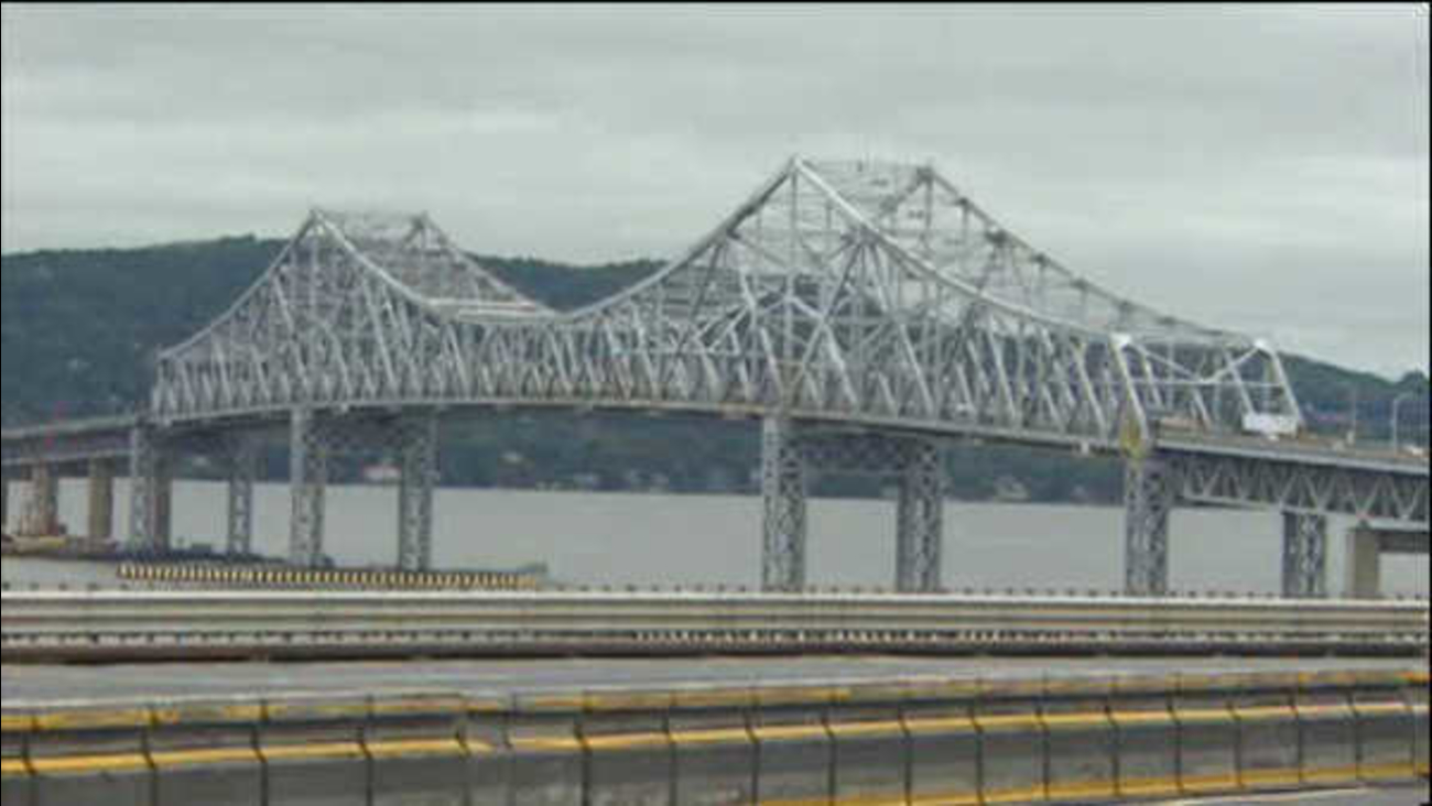 Cashless toll collecting takes effect at the Tappan Zee