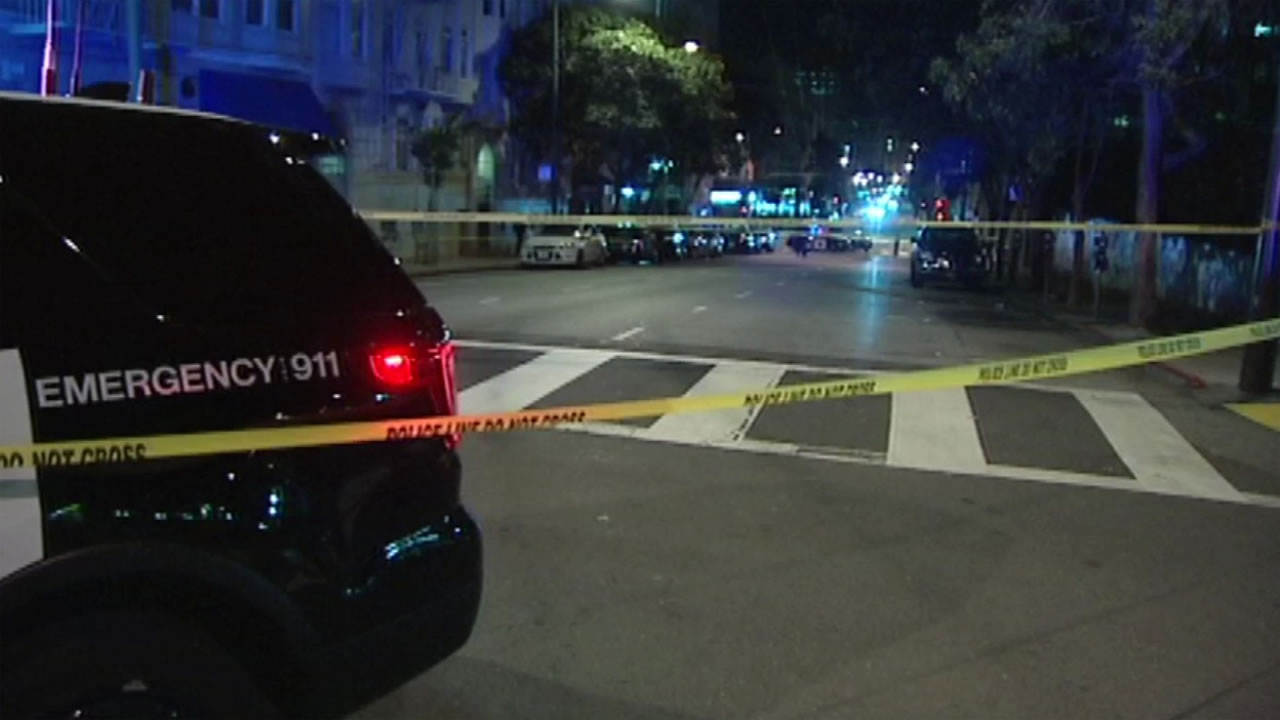 San Francisco police investigate a murder in San Francisco's Tenderloin District on Monday, April 25, 2016.