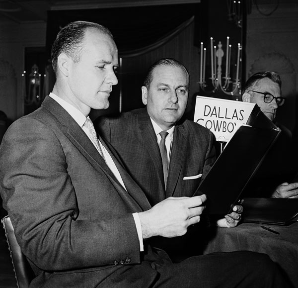 "<div class=""meta image-caption""><div class=""origin-logo origin-image ap""><span>AP</span></div><span class=""caption-text"">Tom Landry, left, coach of the Dallas Cowboys in the NFL, goes over draft eligibles roster at the NFL draft meeting in Philadelphia on Dec. 27, 1960 GM Tex Schramm. (AP Photo)</span></div>"