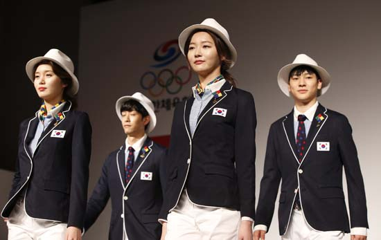 "<div class=""meta image-caption""><div class=""origin-logo origin-image ap""><span>AP</span></div><span class=""caption-text"">South Korean models present the South Korean Olympic team uniforms for the opening and closing ceremonies of the 2016 Rio de Janeiro (AP Photo/Lee Jin-man)</span></div>"