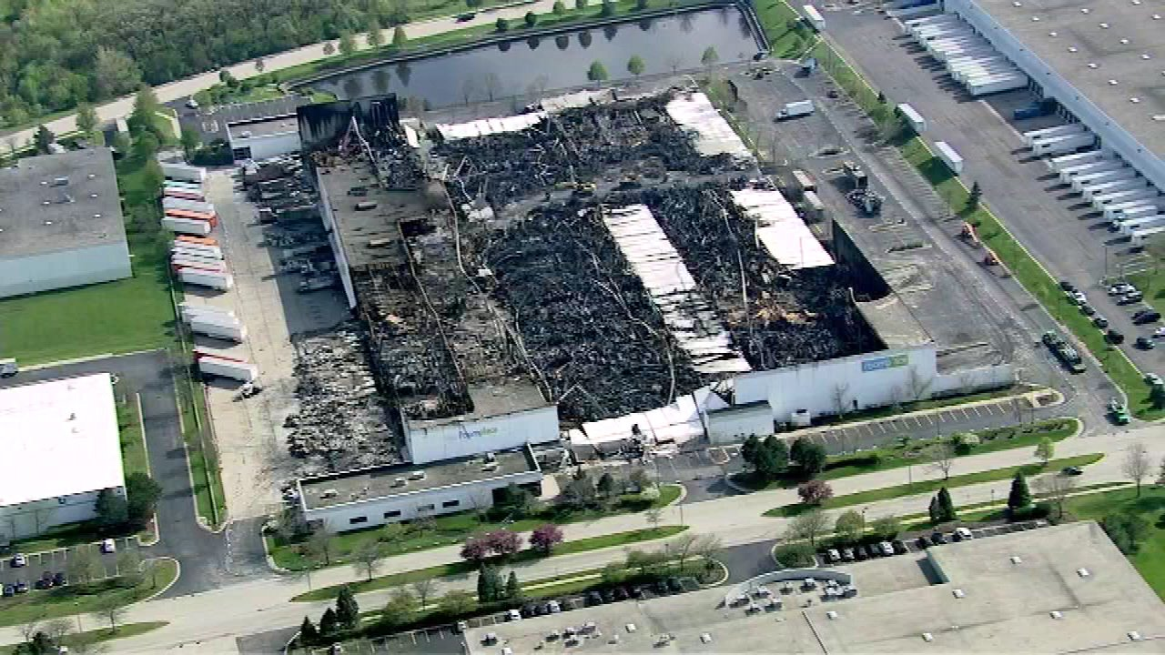 Photos Firefighters Battle Woodridge Warehouse Blaze