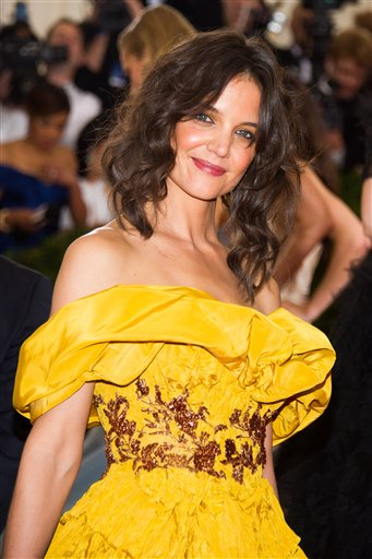 "<div class=""meta image-caption""><div class=""origin-logo origin-image ap""><span>AP</span></div><span class=""caption-text"">Katie Holmes attends The Metropolitan Museum of Art's Costume Institute benefit gala celebrating ""Charles James: Beyond Fashion"" on Monday, May 5, 2014, in New York. (Charles Sykes/Invision/AP)</span></div>"