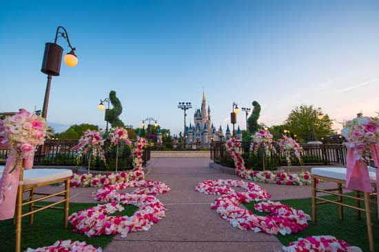 You Can Now Get Married In Front Of Cinderellas Castle At Disney World
