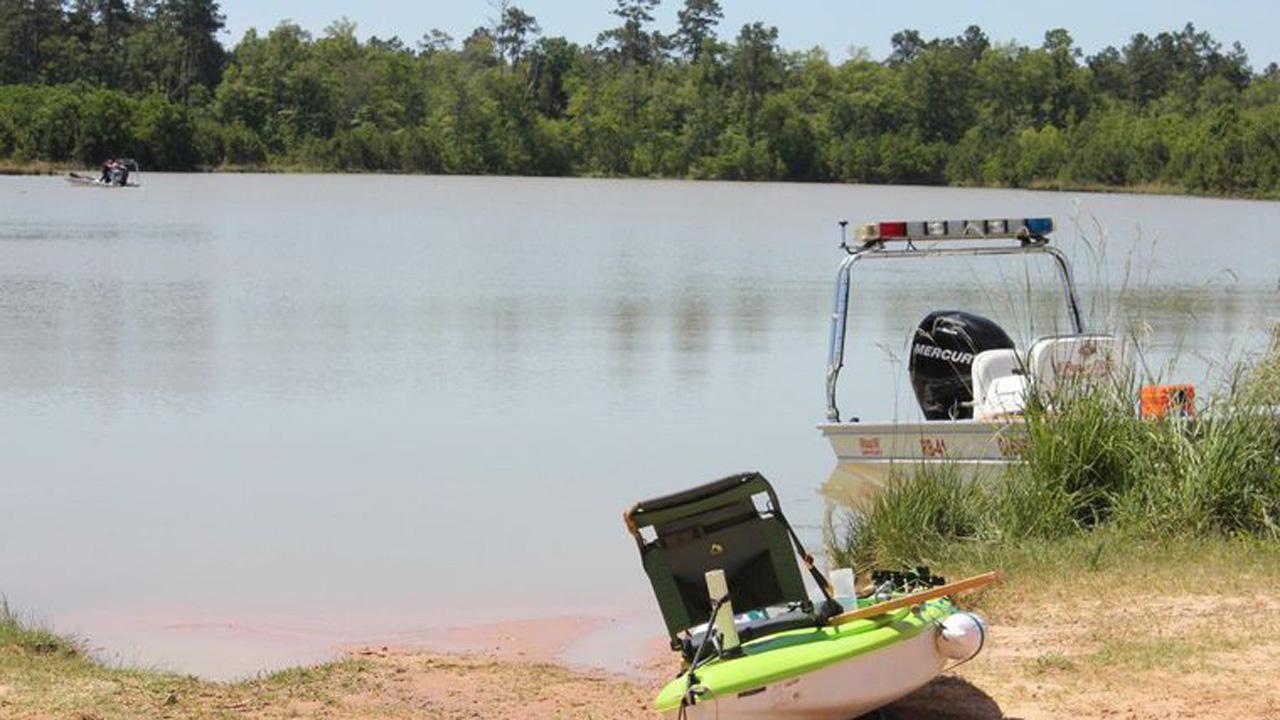 Kayaker drowns