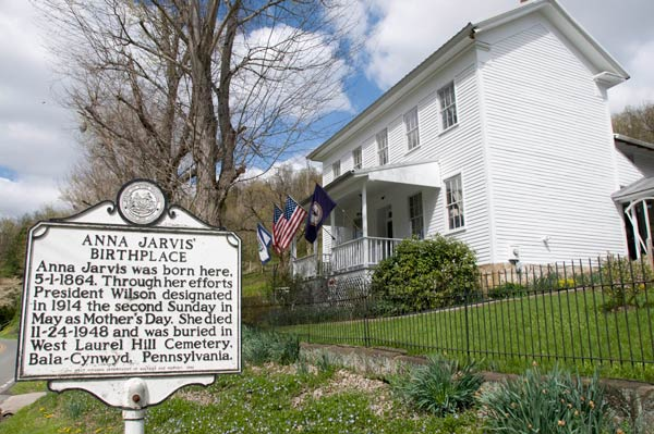 """<div class=""""meta image-caption""""><div class=""""origin-logo origin-image ap""""><span>AP</span></div><span class=""""caption-text"""">The Anna Jarvis Birthplace Museum is located four miles outside Grafton, W.Va., April 22, 2008. The museum commemorates the life of Anna Jarvis, the founder of Mother's Day. (AP Photo/James J. Lee)</span></div>"""