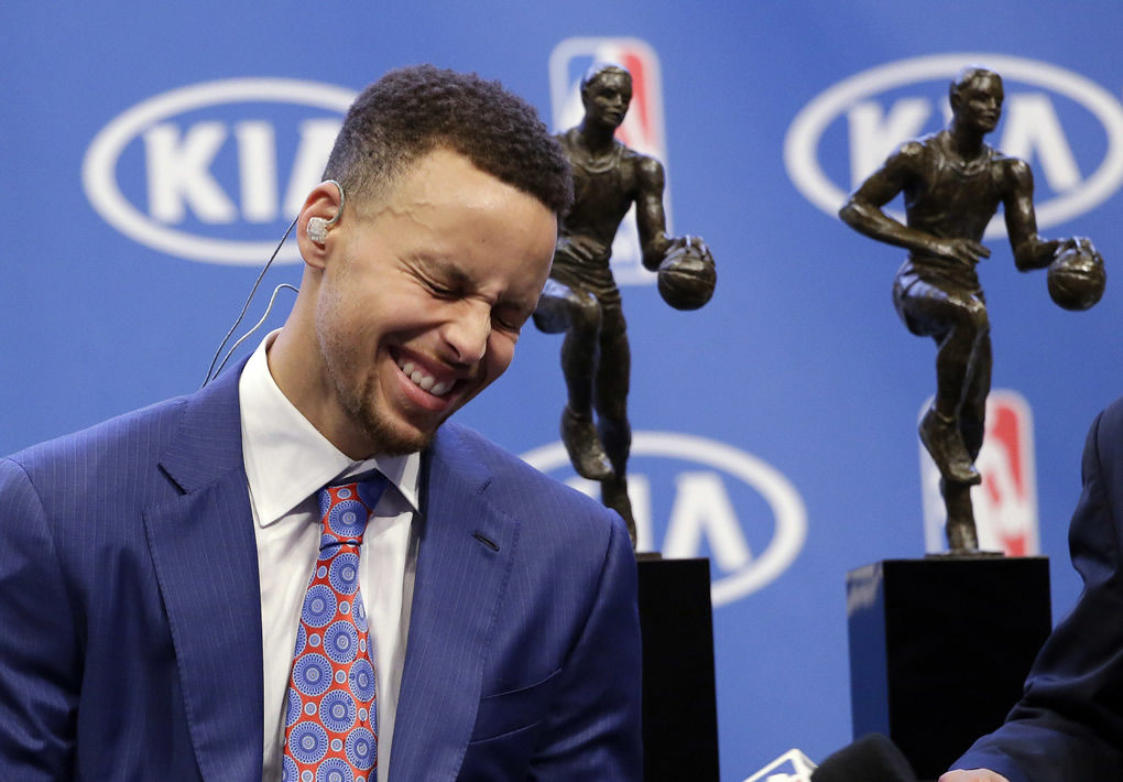 "<div class=""meta image-caption""><div class=""origin-logo origin-image none""><span>none</span></div><span class=""caption-text"">Golden State Warriors guard Stephen Curry smiles as he conducts interviews after receiving the NBA's Most Valuable Player award presentation on May 10, 2016, in Oakland, Calif. (AP Photo/Marcio Jose Sanchez)</span></div>"