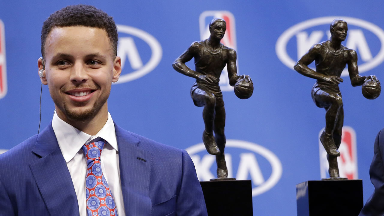 5f138cc6e130 Golden State Warriors star Stephen Curry is first unanimous NBA MVP ...