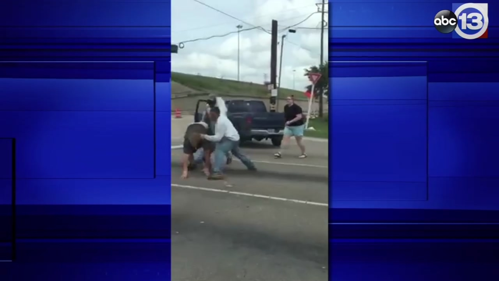 EXCLUSIVE: Heated road rage incident captured on camera in NW