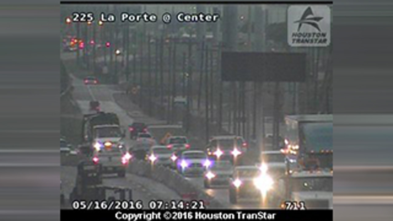 225 La Porte Fwy accident