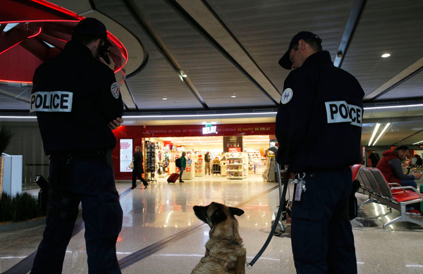 "<div class=""meta image-caption""><div class=""origin-logo origin-image ap""><span>AP</span></div><span class=""caption-text"">Police officers patrol at Charles de Gaulle airport, outside of Paris, Thursday, May 19, 2016. (AP Photo/Christophe Ena)</span></div>"