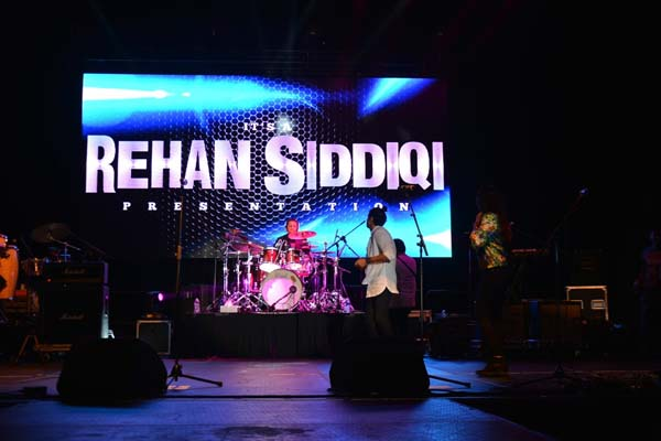 "<div class=""meta image-caption""><div class=""origin-logo origin-image none""><span>none</span></div><span class=""caption-text"">Indian Bollywood Rock Concert in Houston (May 2016)</span></div>"