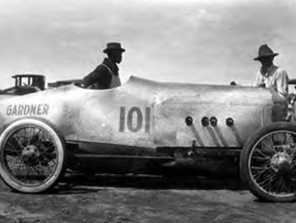 "<div class=""meta image-caption""><div class=""origin-logo origin-image ktrk""><span>KTRK</span></div><span class=""caption-text"">Race car at South Houston Racetrack. ""Gardner 101"" painted on side of car. (Houston Public Library)</span></div>"