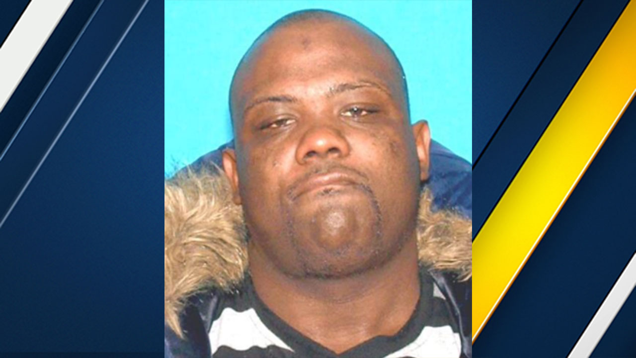 Suspect Twonn Alonzo McCoy, 28, of Rialto is wanted for the shooting of a pregnant woman in San Bernardino on Sunday, May 29, 2016.