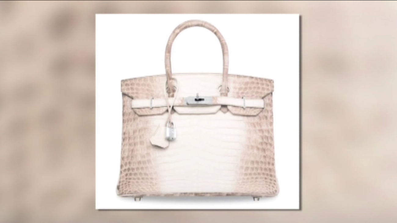 e8c378f03fb This image shows a Hermes Birkin bag that recently sold for more than   300