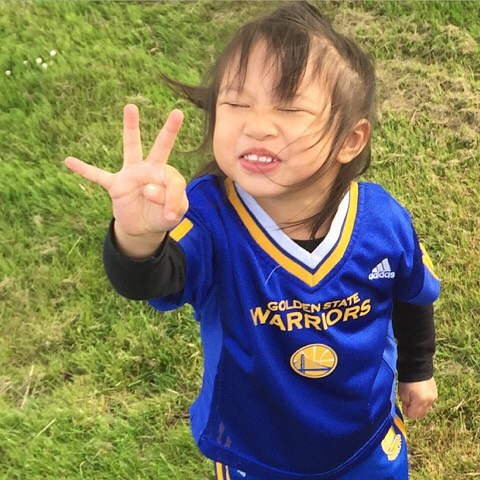 <div class='meta'><div class='origin-logo' data-origin='none'></div><span class='caption-text' data-credit='Photo submitted to KGO-TV by @the37thchamber/Twitter'>We want to see your fan pride, so tag your photos #DubsOn7 and we may feature them here or on TV.</span></div>