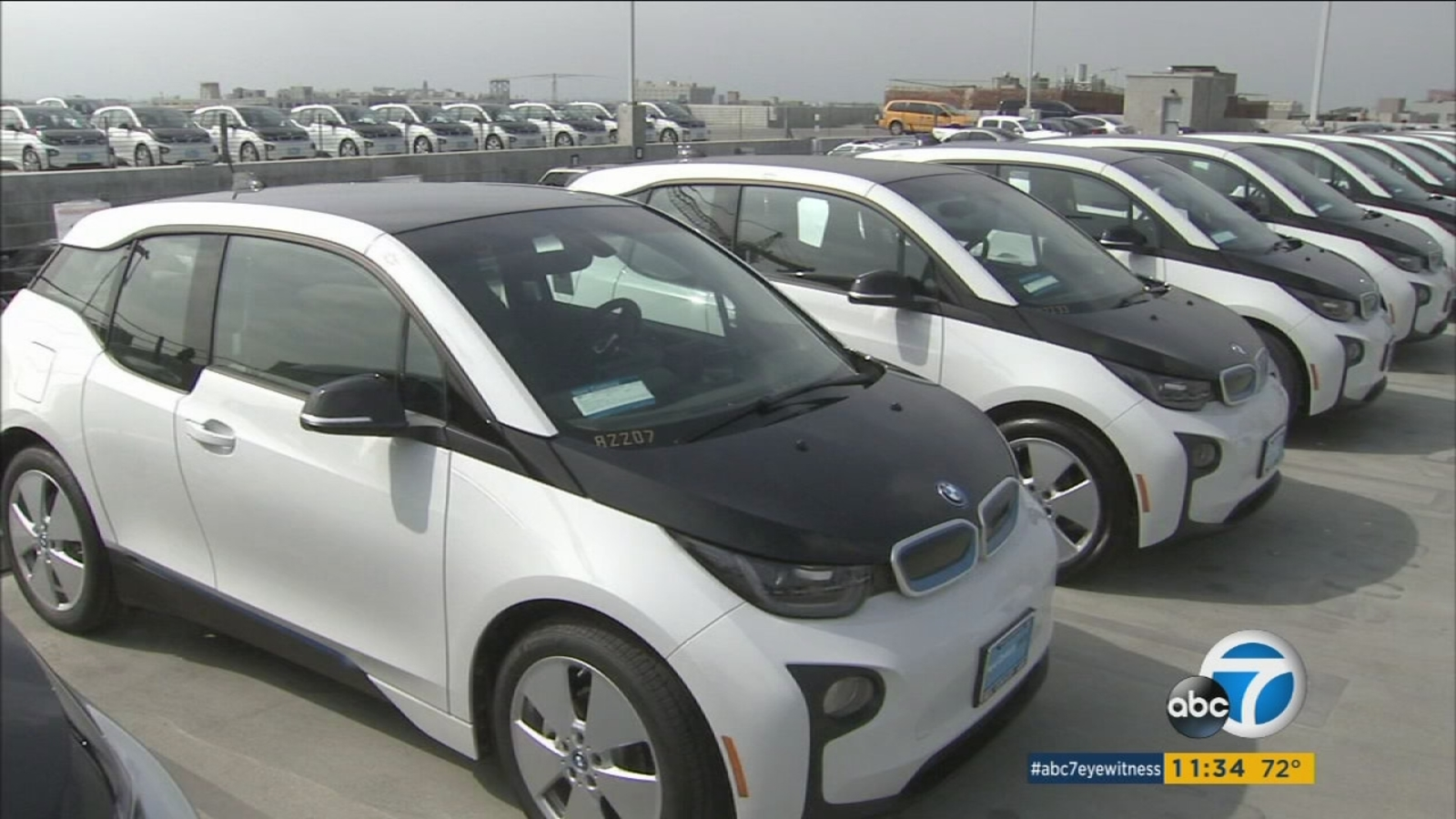 Lapd Unveils 100 Electric Car Fleet Making It Largest In Country For Police Department Abc7
