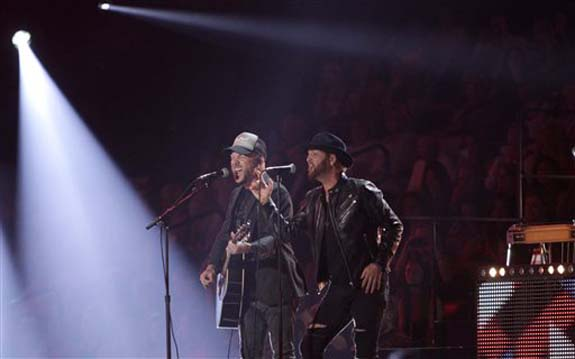 "<div class=""meta image-caption""><div class=""origin-logo origin-image none""><span>none</span></div><span class=""caption-text"">Chris Lucas, left, and Preston Brust, of LoCash, perform ""I Love This Life"" at the CMT Music Awards at the Bridgestone Arena on Wednesday, June 8, 2016, in Nashville, Tenn. (Wade Payne/Invision/AP)</span></div>"