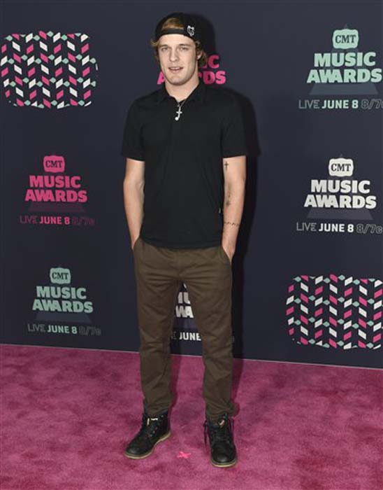 "<div class=""meta image-caption""><div class=""origin-logo origin-image none""><span>none</span></div><span class=""caption-text"">Tucker Beathard arrives at the CMT Music Awards at the Bridgestone Arena on Wednesday, June 8, 2016, in Nashville, Tenn. (Sanford Myers/Invision/AP)</span></div>"