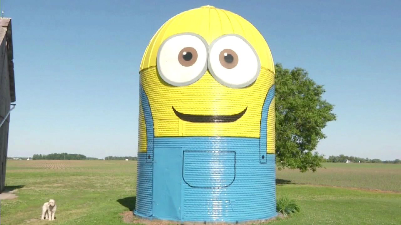 """An Indiana family turned a silo on their farm just outside of Fort Wayne into a 25-foot-tall minion from the movie """"Despicable Me""""."""