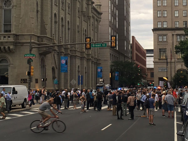 """<div class=""""meta image-caption""""><div class=""""origin-logo origin-image wpvi""""><span>WPVI</span></div><span class=""""caption-text"""">Thousands attend a vigil outside City Hall in Philadelphia for the victims of the Orlando mass shooting.</span></div>"""