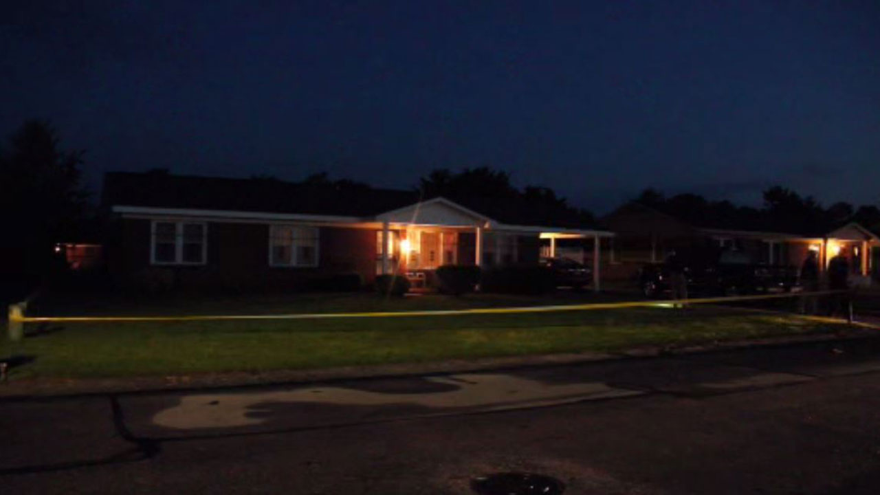 Police investigating shooting on Lovington Drive in Fayetteville