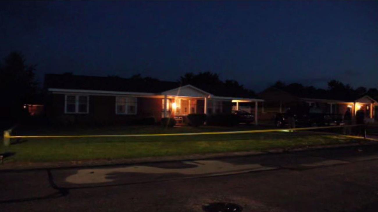 Police investigating shooting on Lovington Drive in Fayetteville
