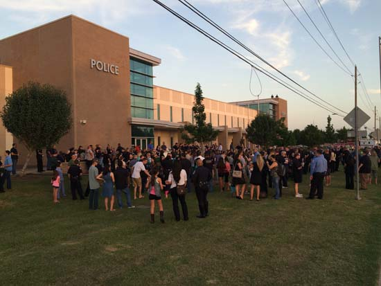 """<div class=""""meta image-caption""""><div class=""""origin-logo origin-image ktrk""""><span>KTRK</span></div><span class=""""caption-text"""">The Pearland community held a vigil Wednesday night to remember Pearland Officer Endy Ekpanya, killed in a head-on car crash. (Pearland Police Department)</span></div>"""