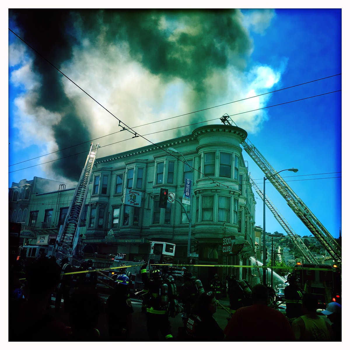 "<div class=""meta image-caption""><div class=""origin-logo origin-image none""><span>none</span></div><span class=""caption-text"">San Francisco firefighters are battling a 4-alarm fire on the 3300 block of Mission St. in Bernal Heights. (Photo submitted to KGO-TV by @mschirmersf/Twitter)</span></div>"