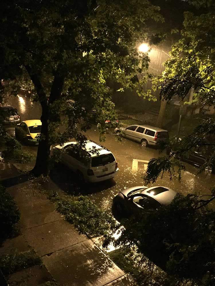 "<div class=""meta image-caption""><div class=""origin-logo origin-image wls""><span>WLS</span></div><span class=""caption-text"">Flooding in Chicago's Andersonville neighborhood after heavy rains fell June 22, 2016. (Lisa Carbone)</span></div>"