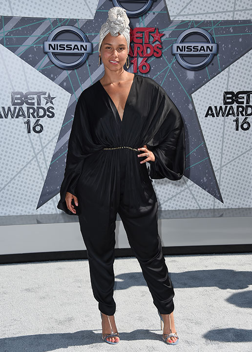 """<div class=""""meta image-caption""""><div class=""""origin-logo origin-image none""""><span>none</span></div><span class=""""caption-text"""">Alicia Keys arrives at the BET Awards on Sunday in Los Angeles. (Jordan Strauss/Invision/AP)</span></div>"""