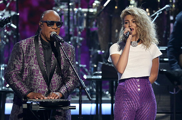 """<div class=""""meta image-caption""""><div class=""""origin-logo origin-image none""""><span>none</span></div><span class=""""caption-text"""">Stevie Wonder, left, and Tori Kelly perform a tribute to Prince at the BET Awards on Sunday in Los Angeles. (Matt Sayles/Invision/AP)</span></div>"""