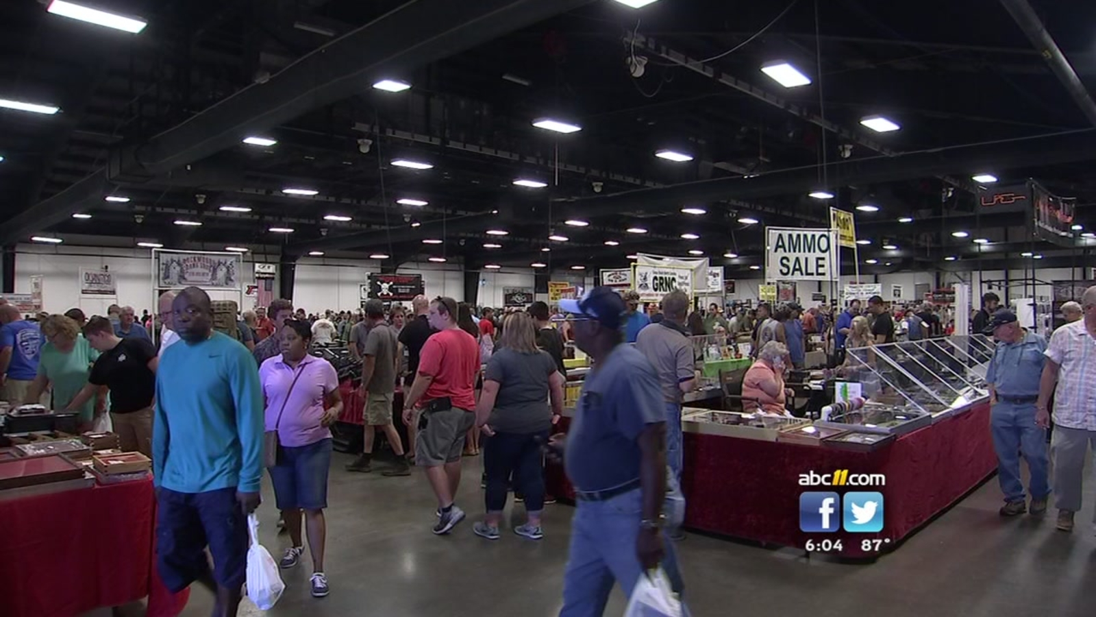 Gun Show In Raleigh Packed Despite Spotlight On Laws Abc11com