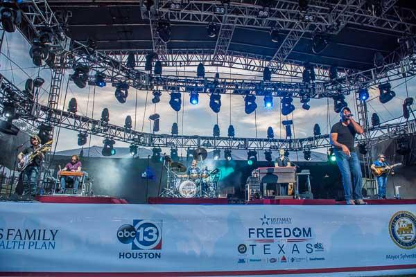 "<div class=""meta image-caption""><div class=""origin-logo origin-image none""><span>none</span></div><span class=""caption-text"">Photos from US Family Health Plan's Freedom over Texas, Monday, July 4, 2016 (David Mackey)</span></div>"