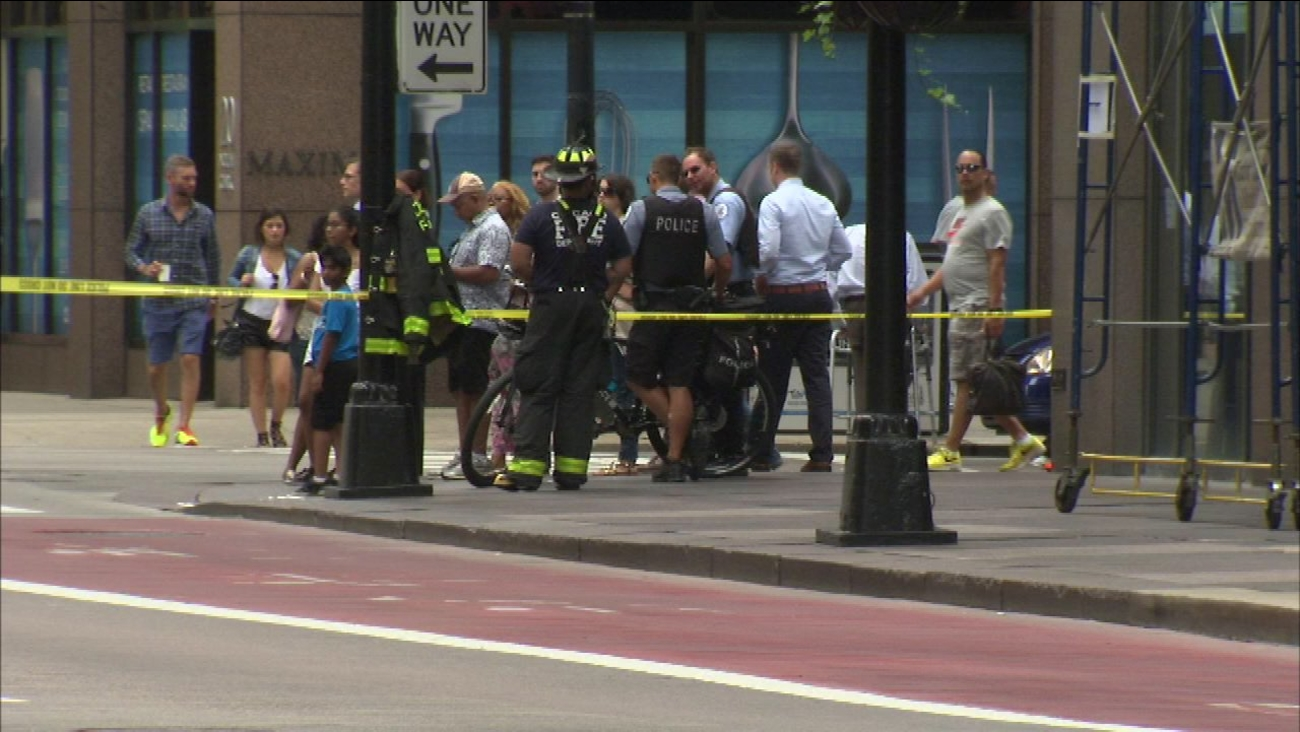 A window came crashing to the ground in Chicago's Loop Thursday morning.