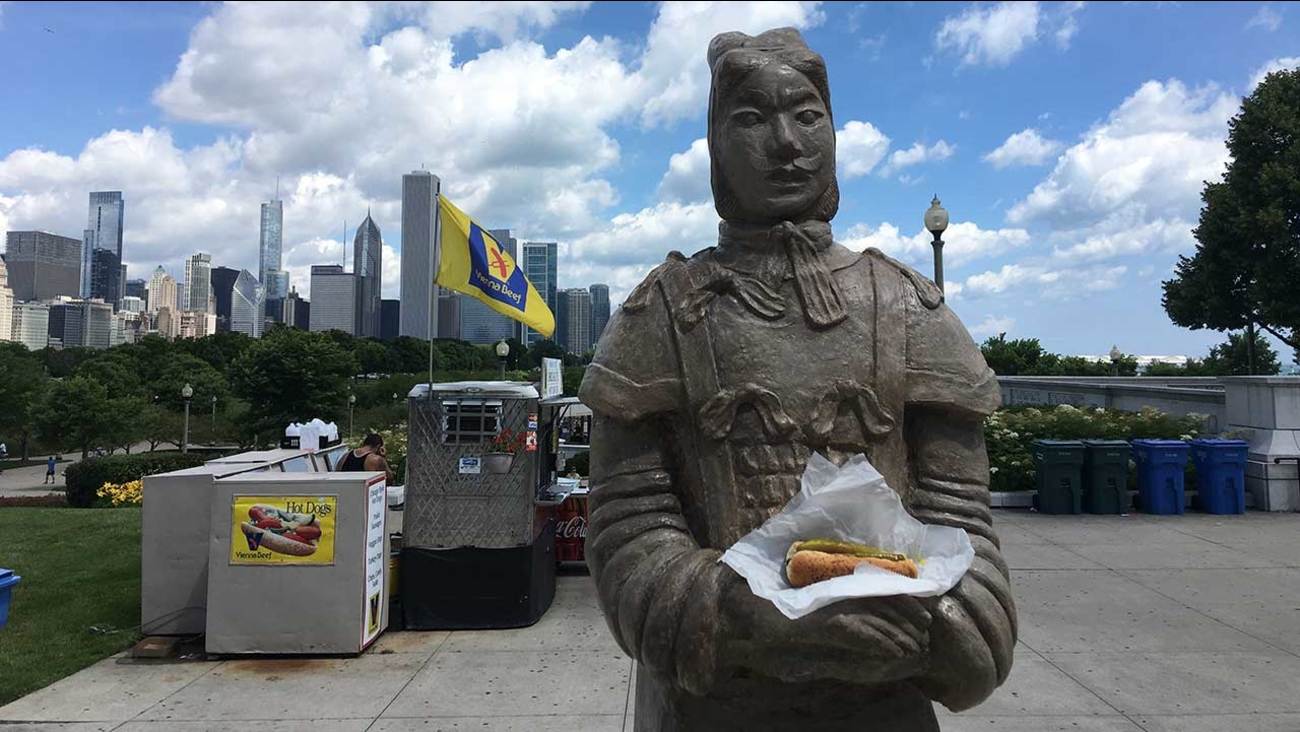 Terracotta warrior replicas to visit Chicago's famous sights