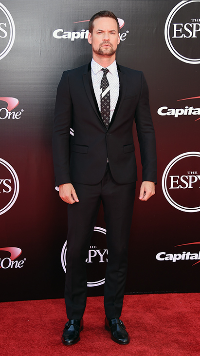 "<div class=""meta image-caption""><div class=""origin-logo origin-image ap""><span>AP</span></div><span class=""caption-text"">Shane West arrives at the ESPY Awards at the Microsoft Theater on Wednesday, July 13, 2016, in Los Angeles. (Jordan Strauss/Invision/AP)</span></div>"