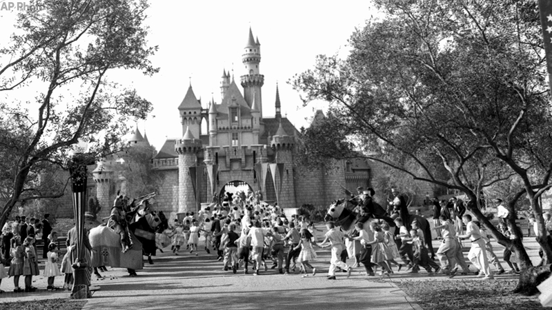 What Disneyland Looked Like In 1955