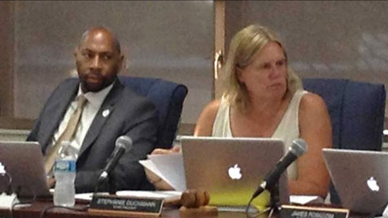 Des Plaines Elementary District 62 board President Stephanie Duckmann on Monday defended the hiring of new Superintendent Floyd Williams Jr.